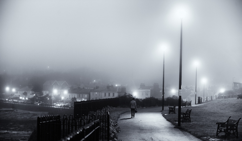 Clevedon-Fog-at-night